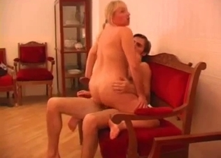 Fat sister with big ass jumps on my prick